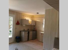Spacieux studio proche de la plage, appartement au Lavandou