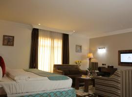 Grand Pela Hotel & Suites, hotel in Abuja
