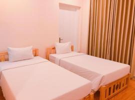 Queen Central Hotel 2, hotel near Saigon Central Post Office, Ho Chi Minh City