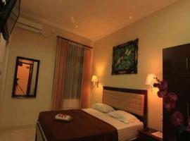 Catur Warga Hotel, hotel in Mataram