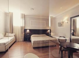 Hotel Lombardia, hotel in Florence