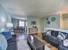 Cozy Saratoga Springs Home with Pool and Fire Pit, hotel with pools in Saratoga Springs