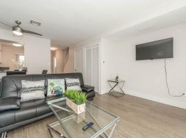 Modern 2BR-Near DWTN, SeaWorld, Gaslamp Quarter, apartment in San Diego