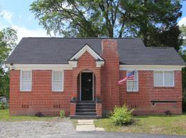Lovely on Lorick-USC, Jackson, Pets, Wifi, vacation rental in Columbia
