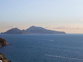 Hotel Vista di Capri, hotell i Massa Lubrense