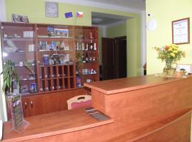 Hotel & Motorest V Údolí Zlatého potoka, hotel v Blšanech