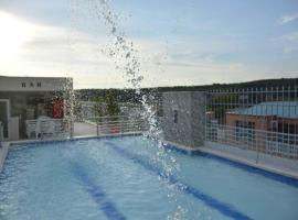 Hotel Suite Royal, hotel en Melgar