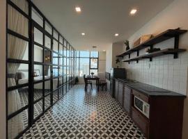 Beluga Nha Trang Apartment With Ocean View, apartment in Nha Trang