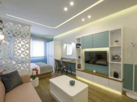 Τhe Half Root Suite in the heart of City Center, budget hotel in Thessaloniki
