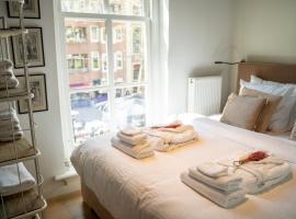 Luxe stadsstudio op de Grote Markt, apartment in Breda