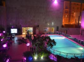 Warood alsafwa villas and hotel ورود الصفوة, hotel perto de Al Shallal Theme Park, Jeddah