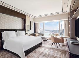 Four Seasons Hotel Hong Kong, отель в Гонконге