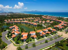 Ocean Villa Resort 5Star Included Breakfast, hotel in Da Nang