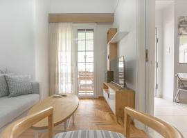 Beautiful and comfortable apartment at Marina Zeas, apartment in Piraeus