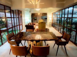RoomQuest Ratchada MRT Suttisan, hotel near Crystal Design Center, Bangkok