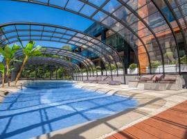Port 21 Pura Pool & Design Hotel - Adults Only – hotel w mieście Krynica Morska