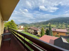 Cztery Pory Roku Pokoje Gościnne – hotel w pobliżu miejsca Wyciąg narciarski Kaimówka w Szczyrku