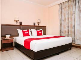 OYO 90104 Lady Anne Hotel, hotel di Sandakan