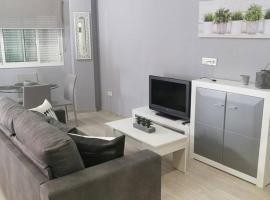 Apartamento a 50 metros de la playa en Fuengirola, lägenhet i Fuengirola