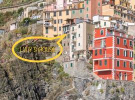 Lucy's House, villa in Riomaggiore