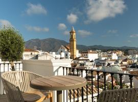 Hotel Silken El Pilar Andalucia, hotel in Estepona