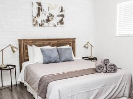 Newly Renovated(7D) OSU/ExpoCenter Near EVERYTHING!, vacation rental in Columbus