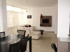 Departamentos de 2 y 3 Habitaciones en el Centro de MANTA, apartamento em Manta