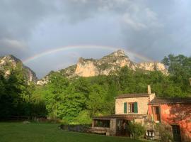 Bergerie de charme à Moustiers, holiday home in Moustiers-Sainte-Marie