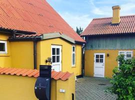 House of Lindgren, hotel i Stege