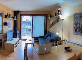 Apartamento Alp 2500, hotel in La Molina