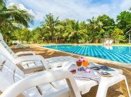 Doo Dee Boutique Resort by Swiss Chalet, hotell piirkonnas Noppharat Thara rand, Ban Khlong Haeng