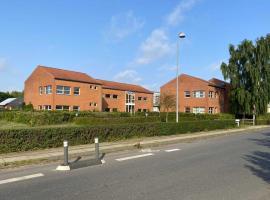 Djurs Housing, hotel i Trustrup