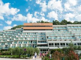 Hotel Narcis - Maslinica Hotels & Resorts, room in Rabac