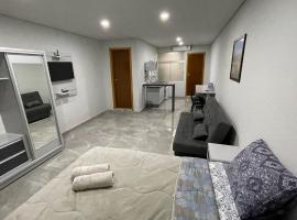 Novo apartamento Studio a poucos passos do Paraguai - Vila Portes, apartment in Foz do Iguaçu