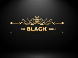 The Black room, hotel in London