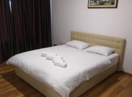 Mirage, hotel in Chernivtsi
