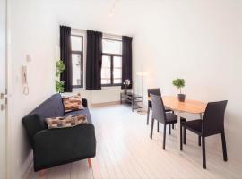 Beautiful Cozy Apartments in the Heart of Antwerp, hotel in Antwerp