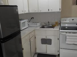 Oakland comfy & crisp apartment, apartment in Kingston