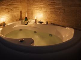The Good Place, hotel with jacuzzis in Cagliari