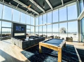 Luxury Philly PENTHOUSE, pet-friendly hotel in Philadelphia