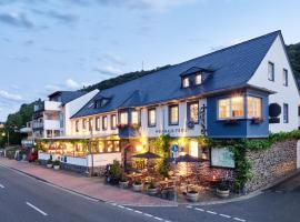 Weinhaus Fries, Hotel in Kattenes