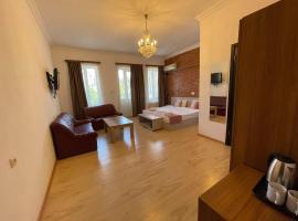 Meidan INN, отель типа «постель и завтрак» в Тбилиси