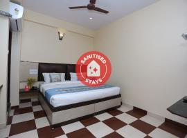 Vaccinated Staff - OYO 9926 Hotel Bharat INN, hotel near Dargah Sharif, Ajmer