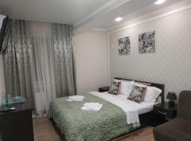 Отель Тёплое море, bed and breakfast a Anapa