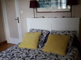 Chambre dans jolie demeure, hôtel  près de: Aéroport Brest Bretagne - BES