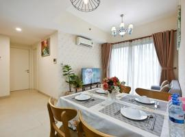 High Class 2 Bedrooms Masteri Thao Dien Apartment, Fully Furnished With Full Amenities, hotel in Ho Chi Minh City
