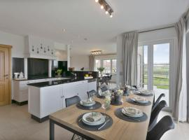 Exclusive family house with a beautiful view in Damme, pet-friendly hotel in Bruges