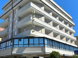 Hotel Riviera, hotel a Porto San Giorgio