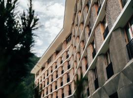 Radisson Blu Hotel Reussen, Andermatt, hotel in Andermatt