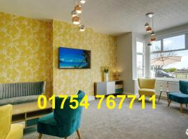 Palm Court, Seafront Accommodation, hotel in Skegness